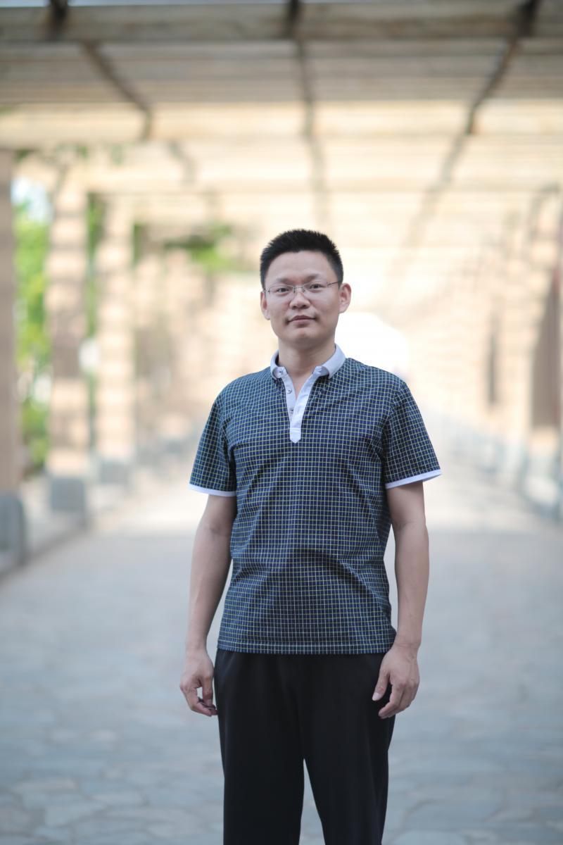 周老师 语文高级教师